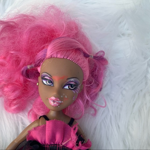 Vintage Bratz Doll for repurposed use Pink Hair
